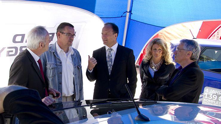 West Herr Toyota >> Autofrühling 2011 mit E-Mobilität im Vordergrund. Wir ...